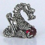 Dragon Holding - Red
